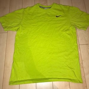 Neon yellow Nike cotton tshirt